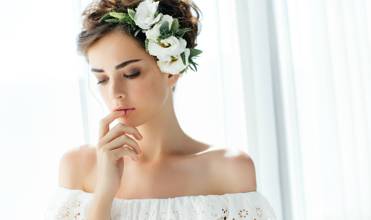 9 Wedding Day Beauty Hacks Courtesy Of A Celebrity Makeup ...