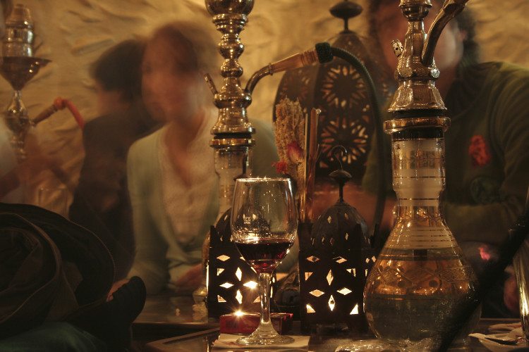 5 authentic hookah lounges that will blow you away. Black Bedroom Furniture Sets. Home Design Ideas