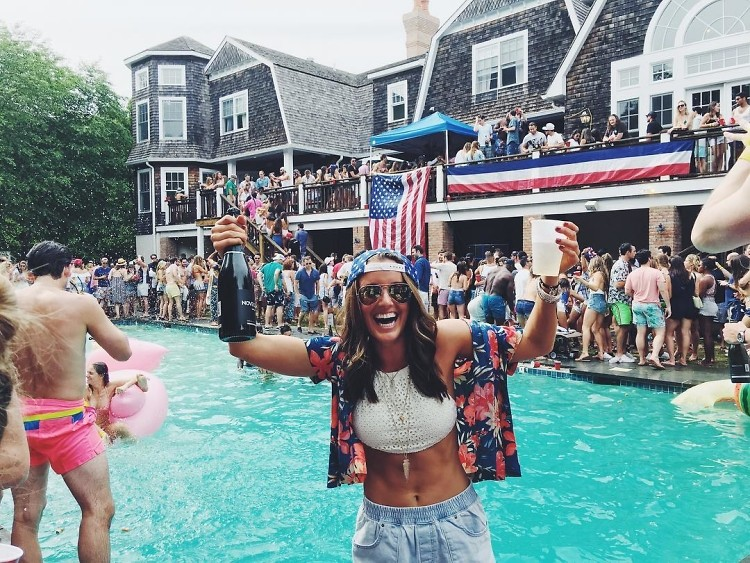 How The Hamptons Does 4th Of July Weekend 20 Wet Amp Wild