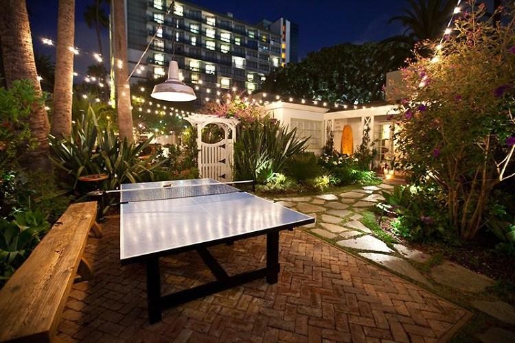 Can You Rent Beach Chairs In Santa Monica Ca