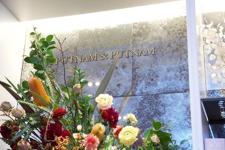 Holidays In Bloom: Floral Fun With Putnam & Putnam