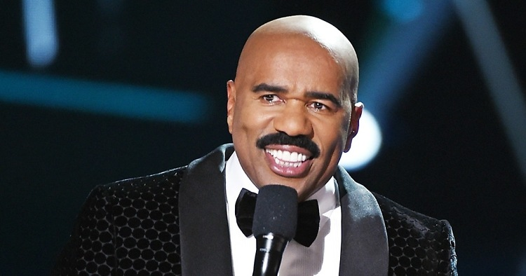 steve harvey zoom 093d8d72 1bc6 4689 89ef 059e76e4ca06 the funniest memes from the 2017 oscars,Steve Harvey Meme Oscars