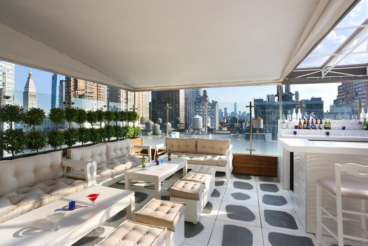 20 nyc rooftop bars to get your drink on this summer for 20 river terrace ny
