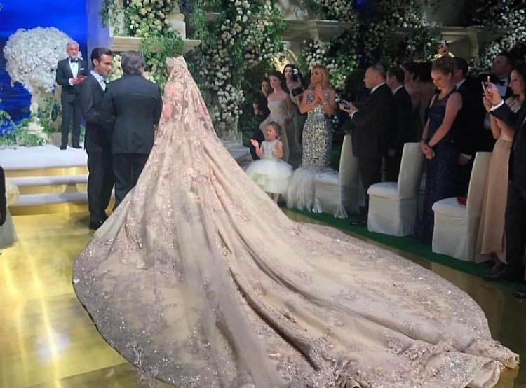 This Russian heiress's $10 million wedding featuring Lady Gaga is insane