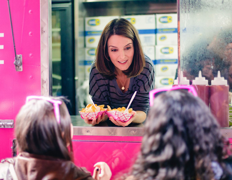 Tina Fey Celebrates Mean Girls Day by Serving Cheese Fries to Fans