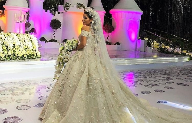 When A Russian Oligarch\'s Niece Gets Married...