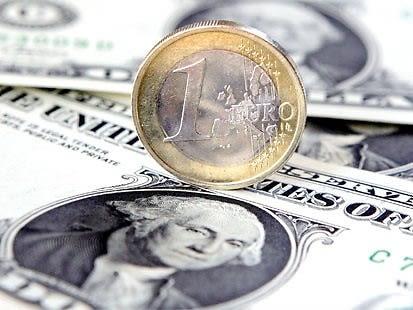 ap_euro_dollar_070920_ms.jpg