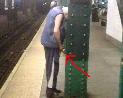 man pees and poos on subway