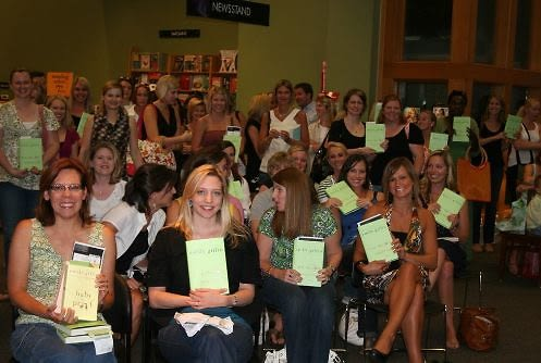 Emily Giffin\'s Fans at a Book Reading
