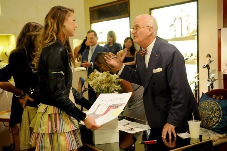 Whitney Port, Manolo Blahnik