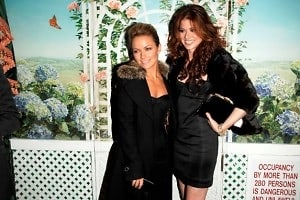 Becki Newton, Debra Messing