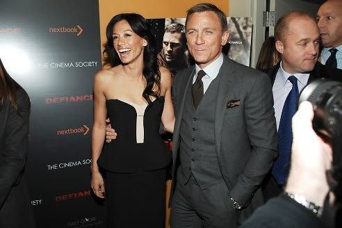 Satsuki Mitchell, Daniel Craig