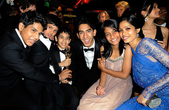 Dev Patel, Frieda Pinto