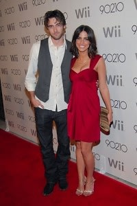 Ryan Eggold, Jessica Lowndes