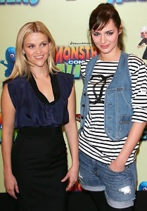 Reese Witherspoon, Louise Bourgoin