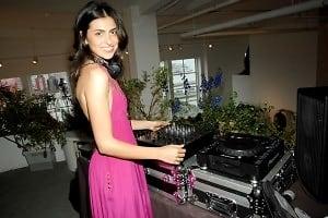 DJ Anna Lunde