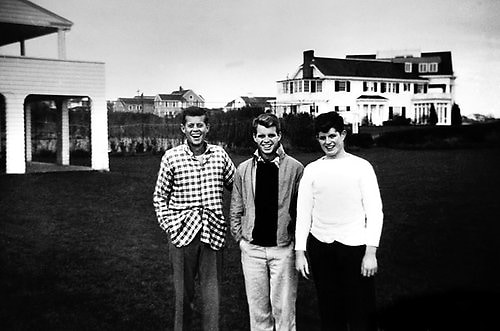 John Kennedy, Robert Kennery, Edward Kennedy