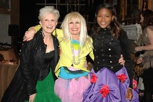 Dianne Bernhard, Betsey Johnson, Chrishaunda Lee