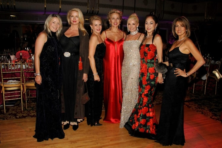 Janna Bullock, Donna Dixon Ackroyd, Louise Kornfeld, Stella ?, Michele Herbert, Lucia Hwong-Gordon, ?