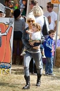 Christina Aguilera, Max Liron Bratman