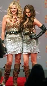 Kim Cattrall, Miley Cyrus