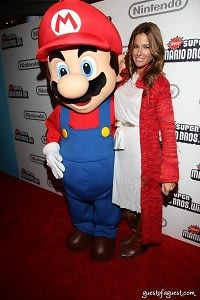 Mario, Kelly Bensimon