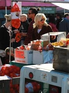 Gwen Stefani farmers market