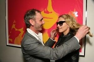 Tom Munro, Madonna