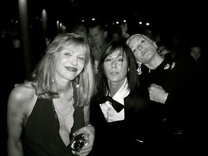 Courtney Love, Lady Amanda Harlech, Daphne Guiness