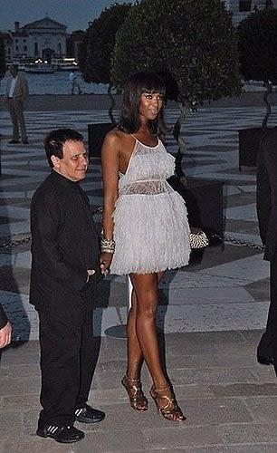 The Non-Blonde: Naomi Campbell In Azzedine Alaia  Naomi Campbell Alaia Dress