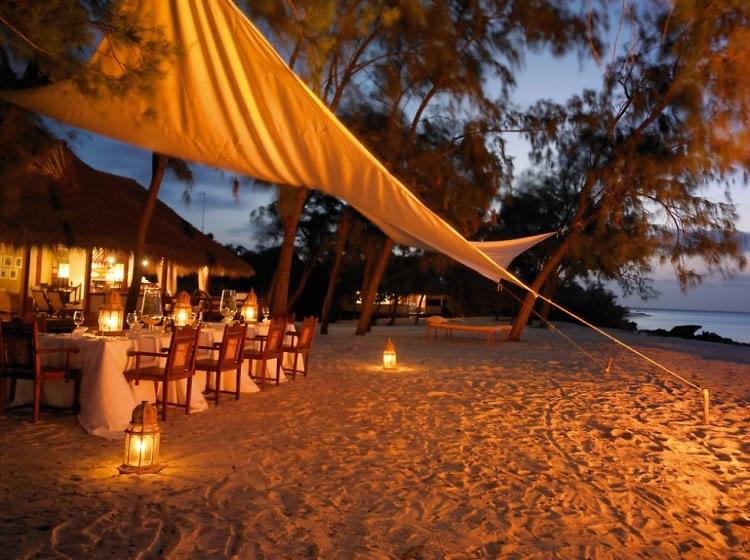 Top 5 Romantic Beach Getaways In Africa