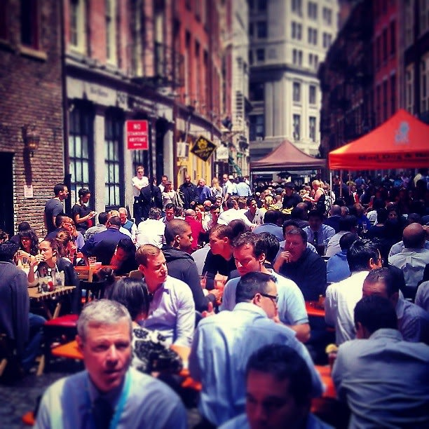 Stone Street Happy Hour