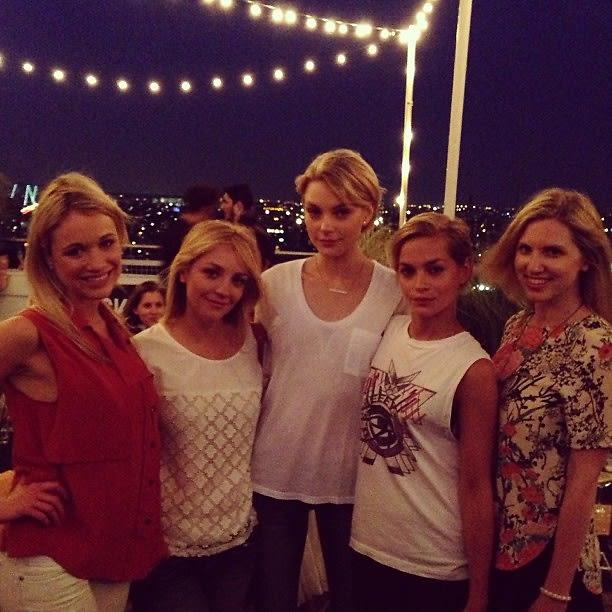 Katrina Bowden, Abby Elliott, Jessica Stam, Leigh Lezark, Kelly Straw
