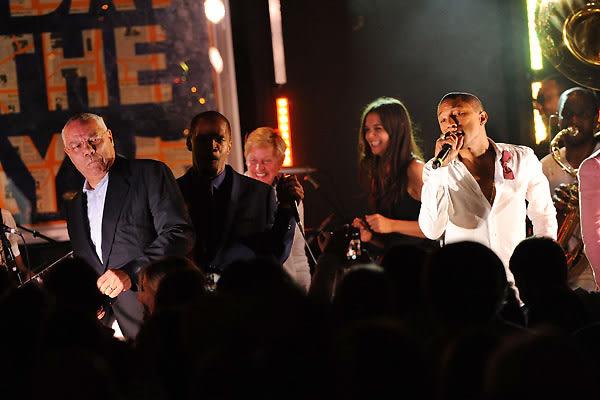 Colin Powell, Jamie Foxx, Ellen DeGeneres, Katie Holmes, Pharrell Williams