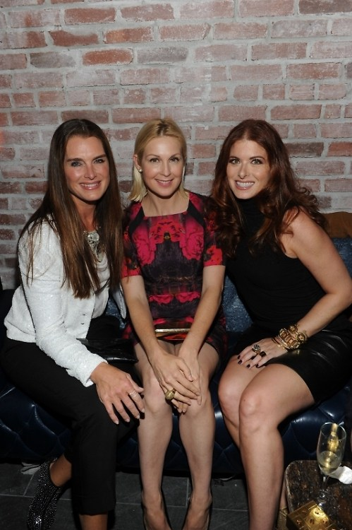 Brooke Shields, Kelly Rutherford, Debra Messing