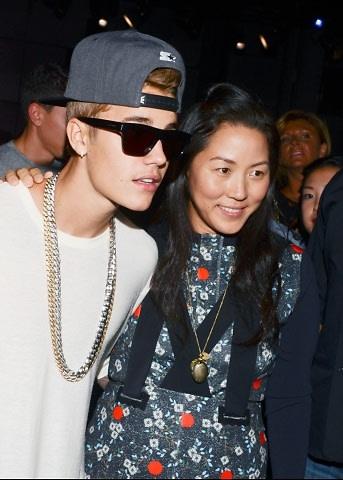 Justin Bieber, Carol Lim