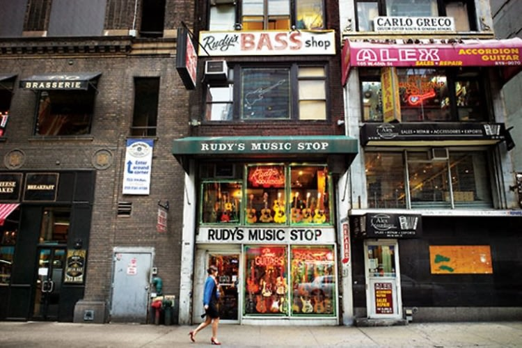 Old School NYC: 8 City Staples To See Before They're Gone