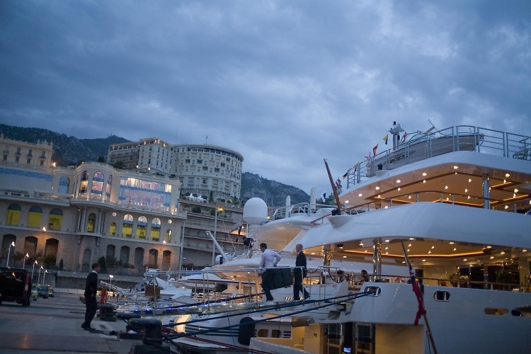 Cannes Yacht