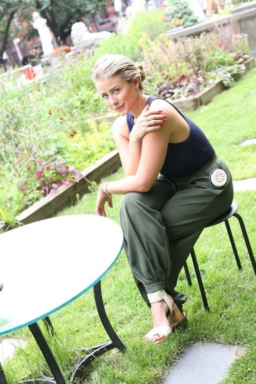 Interview: How Lo Bosworth Brings California Cool To Her NYC Summers