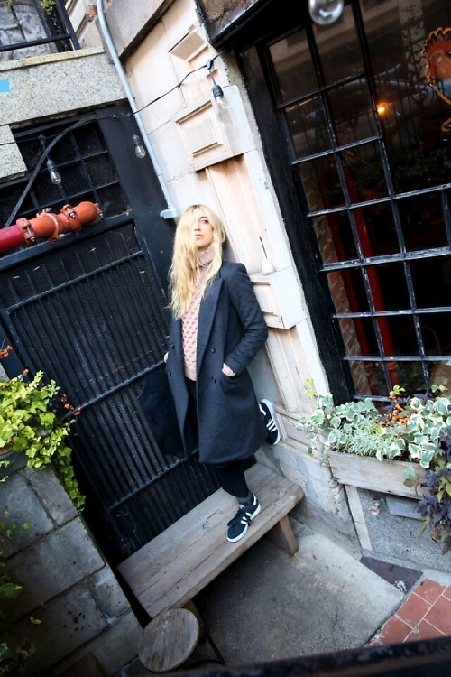 Fashion, Nightlife & Fitness Buff Lyz Olko Talks Nights Out & Her New Line
