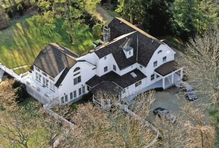 Inside Bill & Hillary Clinton's $1.7 Million Home In ...