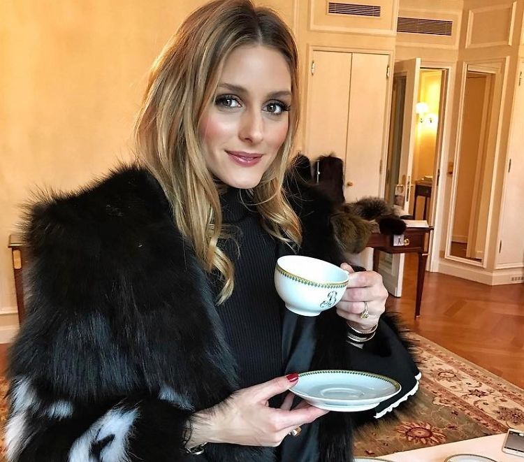 How To Become A Socialite