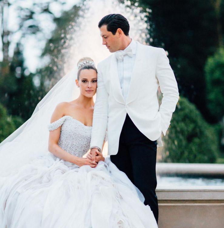 A Tale Of Two Dwts Weddings Julianne Hough Vs Peta