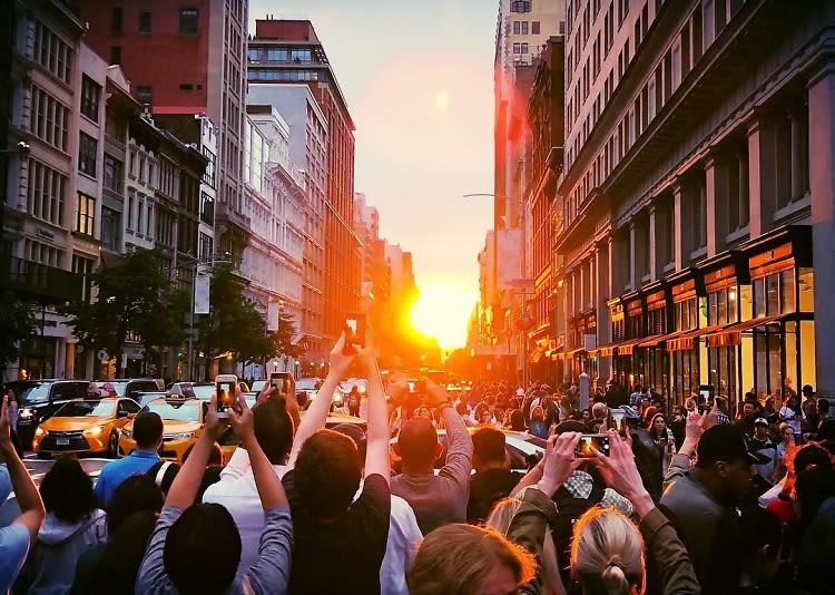 the best instagrams from manhattanhenge 2018