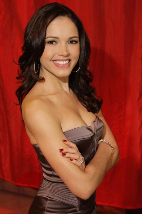Susie Castillo 알몸의 975