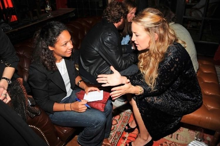 kate hudsons quotglamour reel momentsquot party at the