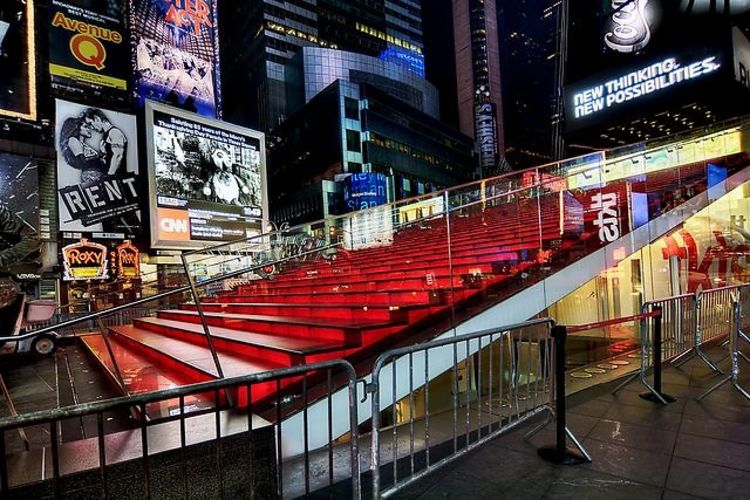 globalization in times square in new york city media essay New york city has always been considered one of the world's most exciting cities  13,500-word essay for harper's magazine,  times square is one of new york city's major tourist drawcards.