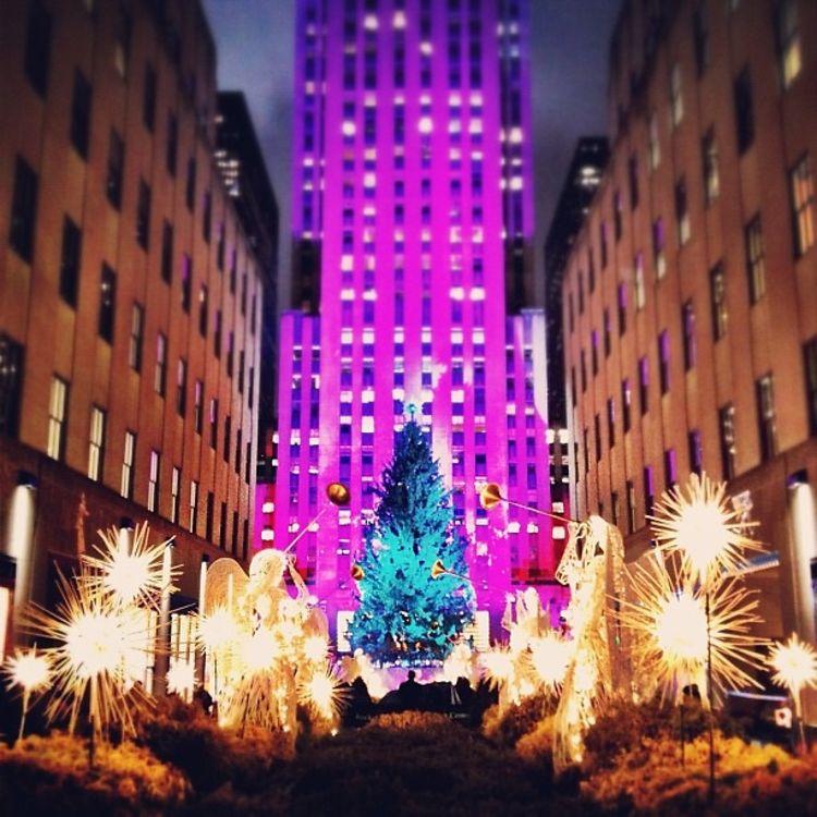 Rockefeller Center Christmas Tree Lighting Performers: Photo Of The Day: Get Ready For Rockefeller Center's