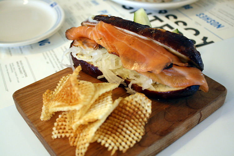 the ultimate guide to nyc 39 s best brunch bites of 2014