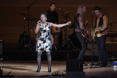 Sharon Jones & the Patti Smith Band